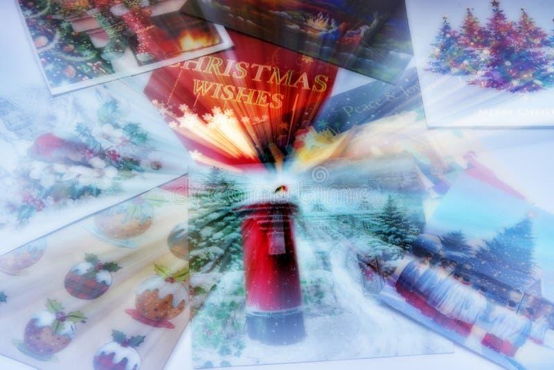 Ζουμ στην επιλογή χριστουγεννιάτικων καρτών στοκ φωτογραφίες