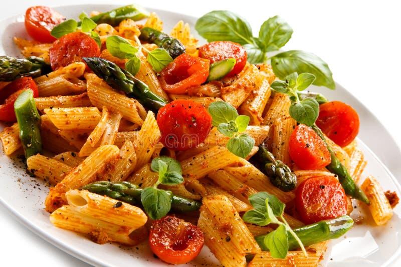 Ζυμαρικά με τα λαχανικά στοκ φωτογραφίες με δικαίωμα ελεύθερης χρήσης