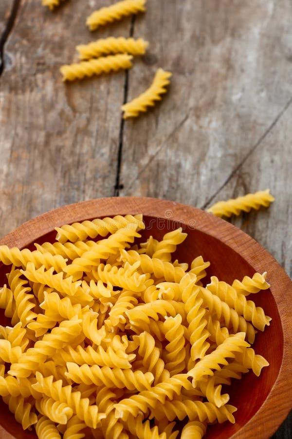 Ζυμαρικά Fusilli στοκ φωτογραφία