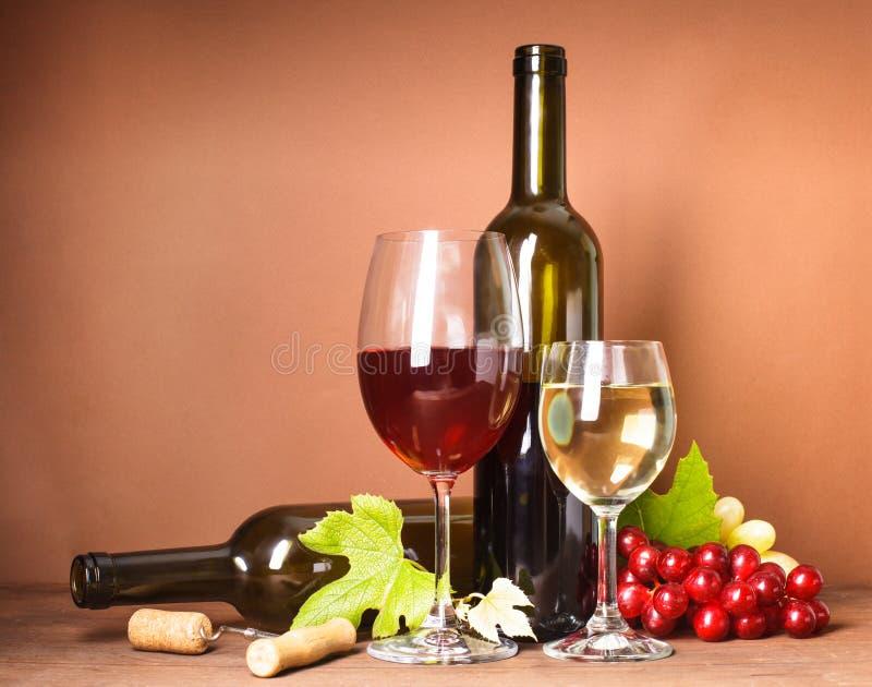 Ζωή κρασιού ακόμα στοκ εικόνα με δικαίωμα ελεύθερης χρήσης
