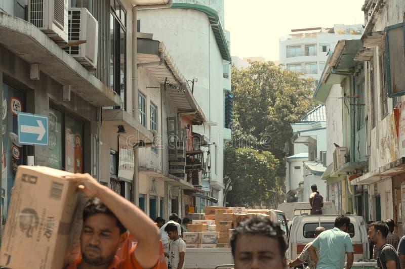 Ζωή στους δρόμους στο αρσενικό στοκ φωτογραφία