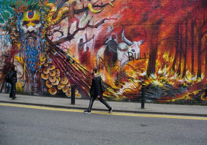 Ζωγραφική τοίχου εξωτερικού χώρου της Forest Fire Τέχνη του δρόμου στοκ φωτογραφία με δικαίωμα ελεύθερης χρήσης