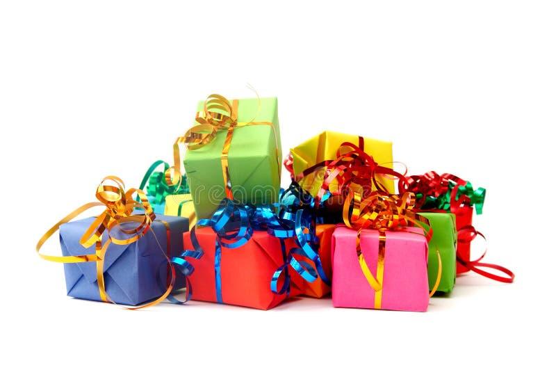 Ζωηρόχρωμα δώρα στοκ φωτογραφίες