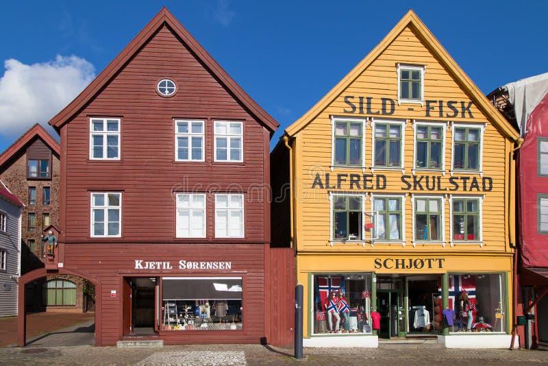 Ζωηρόχρωμα κτήρια Bryggen στοκ φωτογραφία