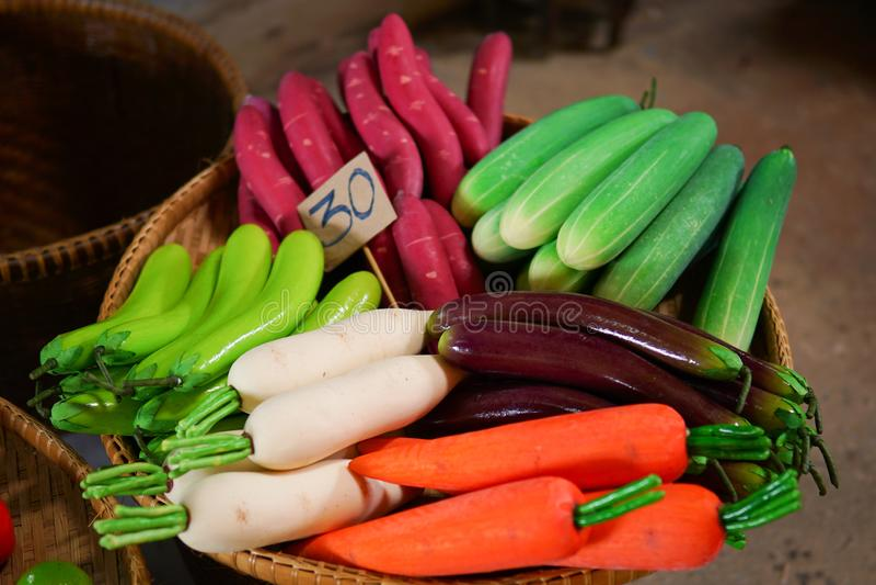 Ζωηρόχρωμα πλαστά φρούτα στοκ φωτογραφία με δικαίωμα ελεύθερης χρήσης