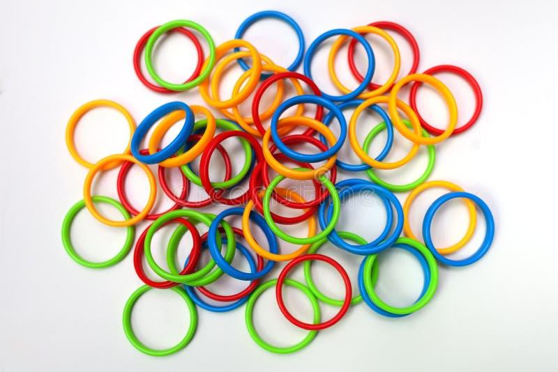 ζωηρόχρωμα πλαστικά δαχτ&upsilo στοκ φωτογραφία με δικαίωμα ελεύθερης χρήσης