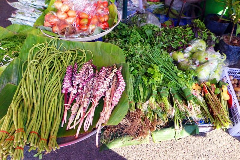 Ζωηρόχρωμα προϊόντα, αγορά πρωινού της Ταϊλάνδης στοκ φωτογραφίες με δικαίωμα ελεύθερης χρήσης
