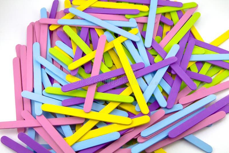 Ζωηρόχρωμα ραβδιά Popsicle στοκ φωτογραφίες