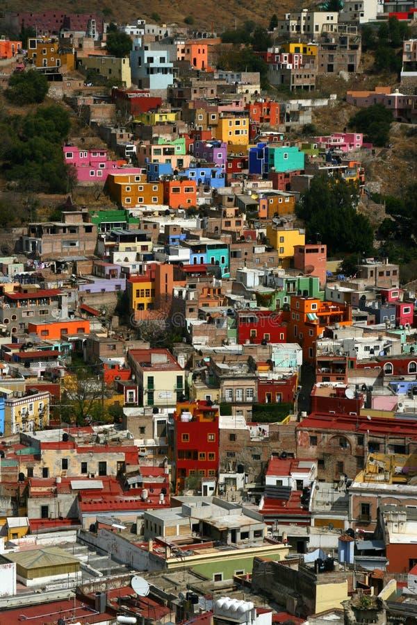 Ζωηρόχρωμα σπίτια σε Guanajuato στοκ εικόνες