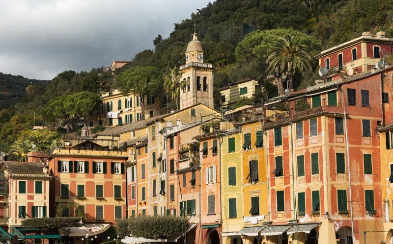 Ζωηρόχρωμα σπίτια σε Portofino - Λιγυρία Ιταλία στοκ εικόνα με δικαίωμα ελεύθερης χρήσης