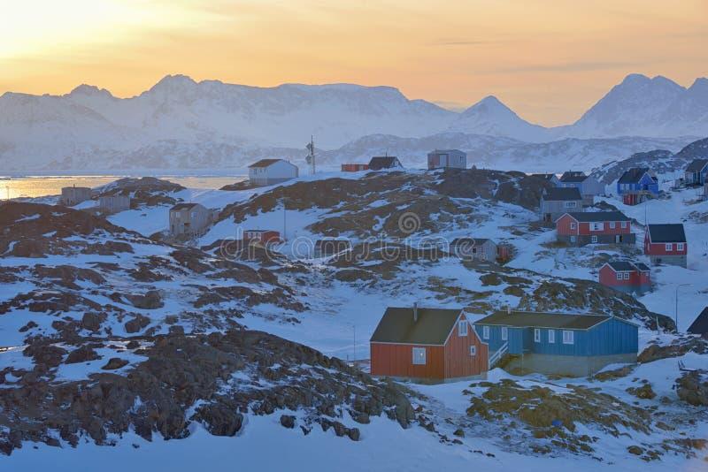 Ζωηρόχρωμα σπίτια στη Γροιλανδία στοκ φωτογραφία με δικαίωμα ελεύθερης χρήσης