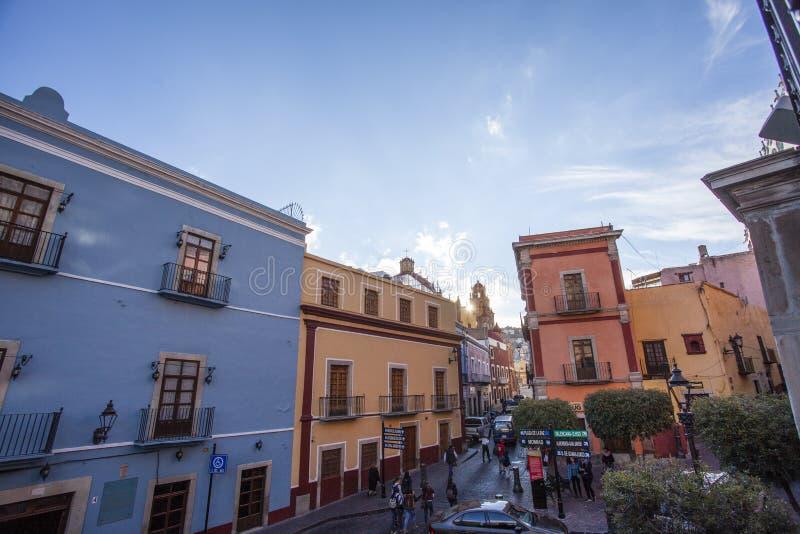 Ζωηρόχρωμα σπίτια στο κέντρο Guanajuato - το Μεξικό στοκ εικόνες