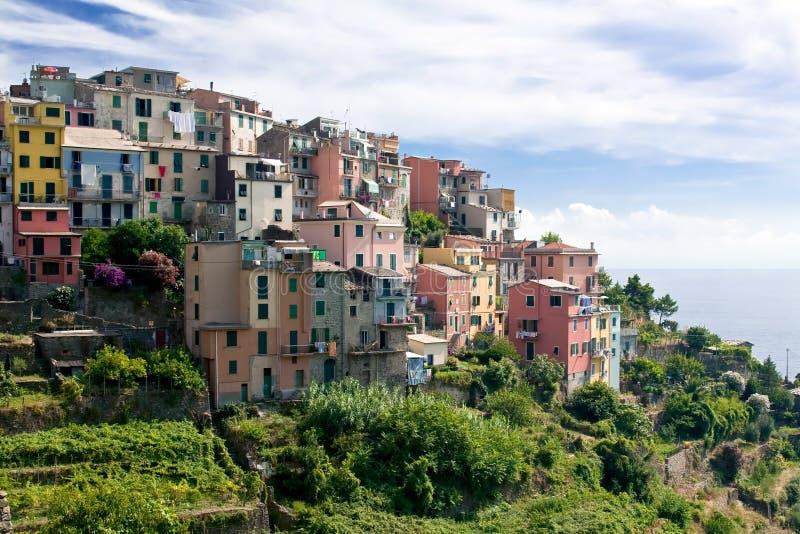 Ζωηρόχρωμα σπίτια Corniglia   στοκ εικόνες