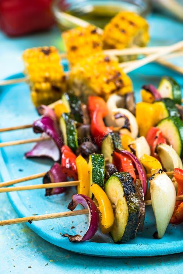 Ζωηρόχρωμα τρόφιμα κομμάτων για τους χορτοφάγους στοκ εικόνες