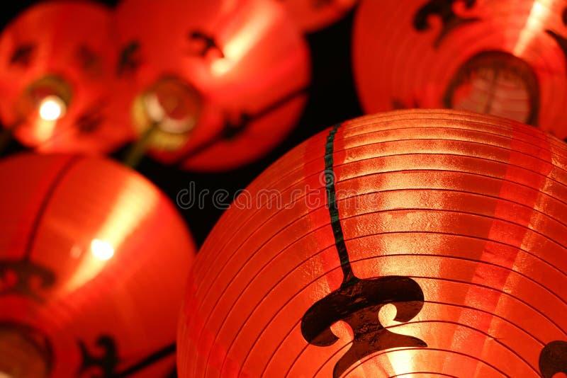 Ζωηρόχρωμα φανάρια (πνεύμονας του Tang) - κινεζικές νέες διακοσμήσεις έτους στοκ εικόνες