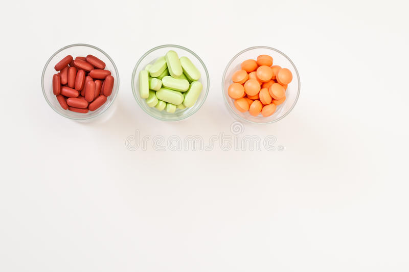 ζωηρόχρωμες βιταμίνες χαπιών στοκ φωτογραφία με δικαίωμα ελεύθερης χρήσης