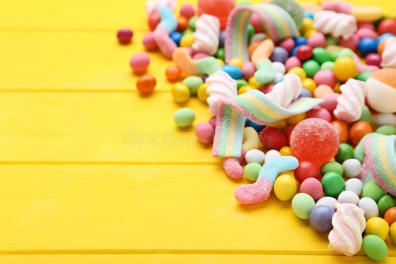 Ζωηρόχρωμες γλυκές καραμέλες στοκ φωτογραφίες με δικαίωμα ελεύθερης χρήσης