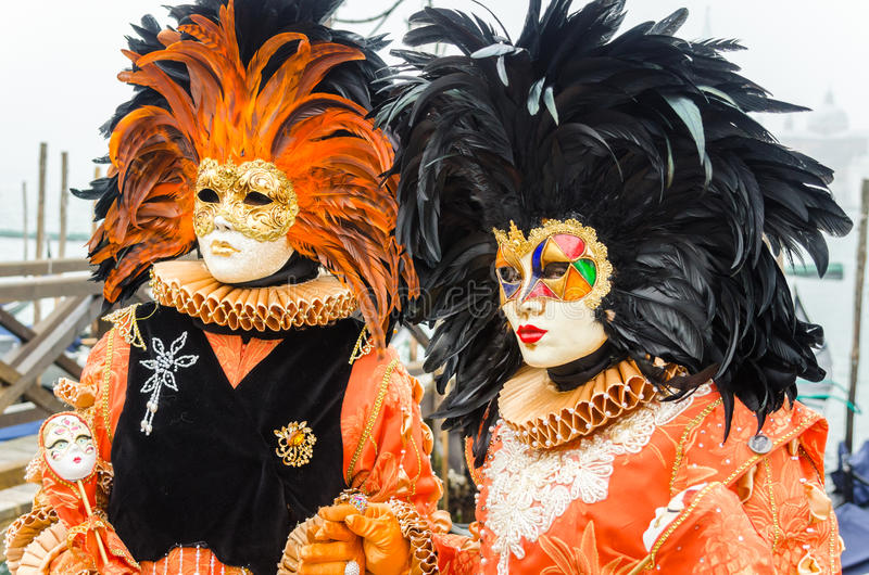 Ζωηρόχρωμες μάσκες στο καρναβάλι της Βενετίας στοκ εικόνες με δικαίωμα ελεύθερης χρήσης