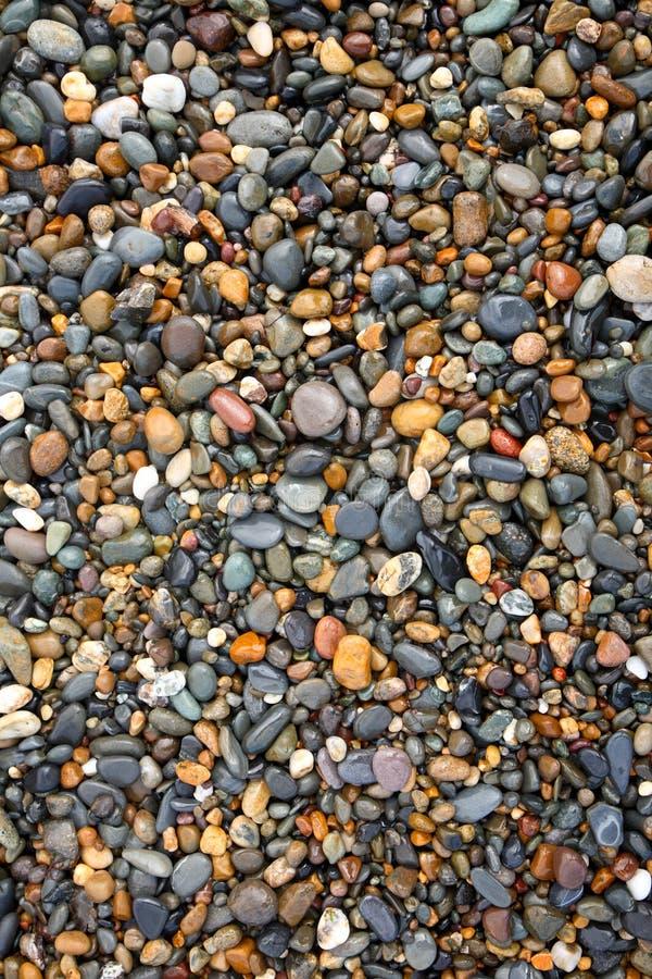 ζωηρόχρωμες πέτρες υγρές στοκ φωτογραφία με δικαίωμα ελεύθερης χρήσης