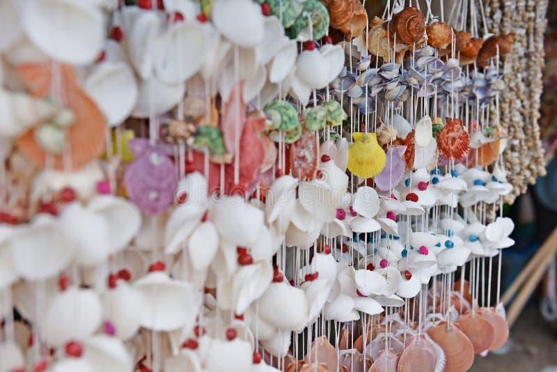 Ζωηρόχρωμη κουρτίνα της Shell στοκ εικόνες