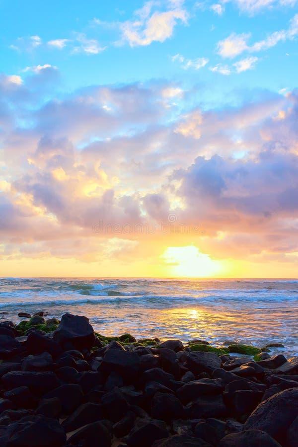 ζωηρόχρωμη της Χαβάης ανατολή στοκ φωτογραφία με δικαίωμα ελεύθερης χρήσης