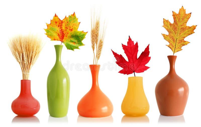 ζωηρόχρωμος vases φύλλων πτώση&sigm στοκ φωτογραφία