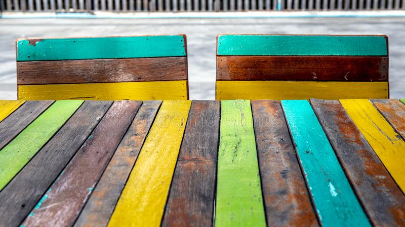 Ζωηρόχρωμο ή πολυ ξύλινο τοίχος ή πάτωμα χρώματος για τη σύσταση υποβάθρου στοκ φωτογραφίες
