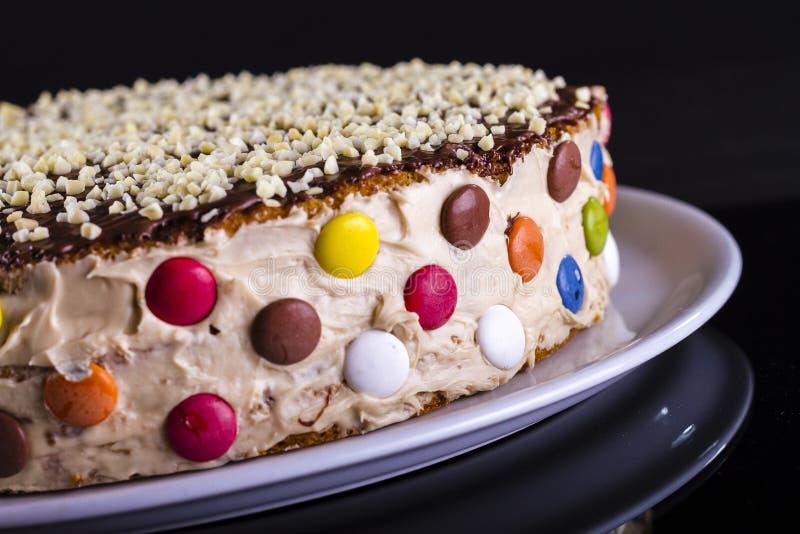 Ζωηρόχρωμο κέικ στοκ εικόνες
