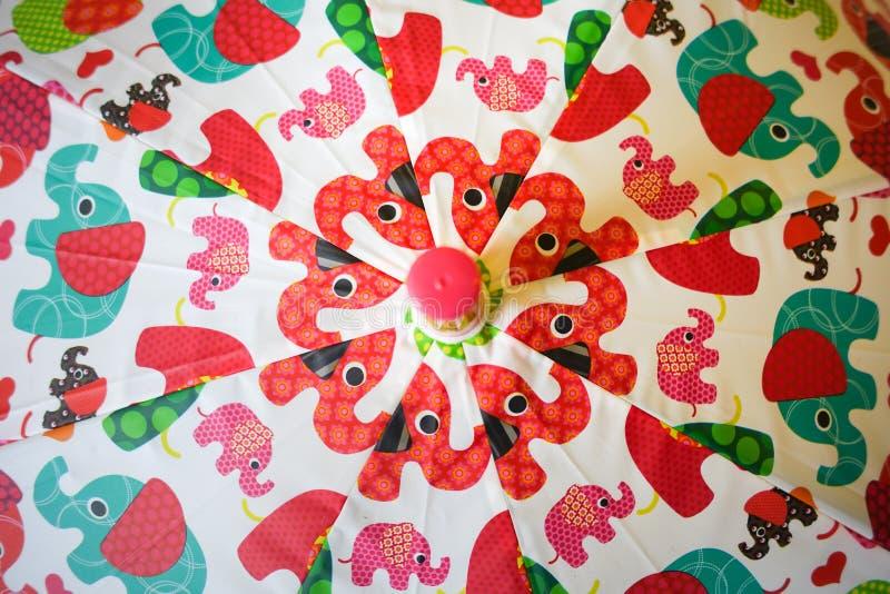 Ζωηρόχρωμο ομπρέλα ή parasol στοκ εικόνα με δικαίωμα ελεύθερης χρήσης