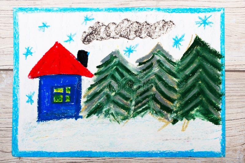 Ζωηρόχρωμο σχέδιο: Όμορφο χειμερινό τοπίο με το χαριτωμένο σπίτι και τα κωνοφόρα δέντρα διανυσματική απεικόνιση