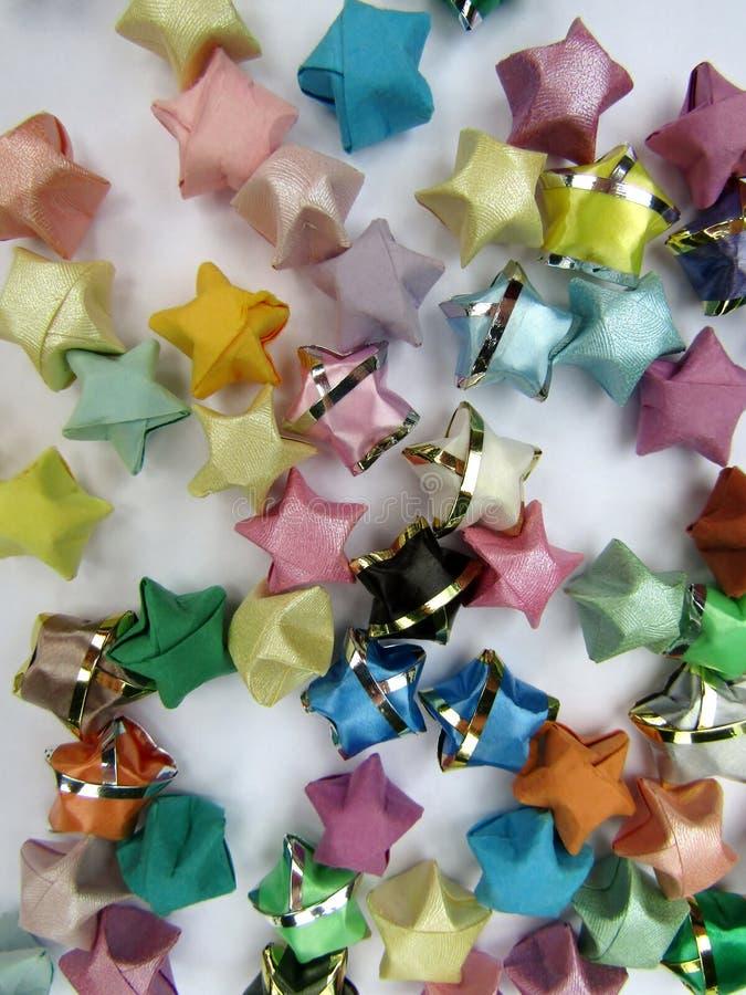 Ζωηρόχρωμο υπόβαθρο αστεριών origami τυχερό στοκ φωτογραφίες
