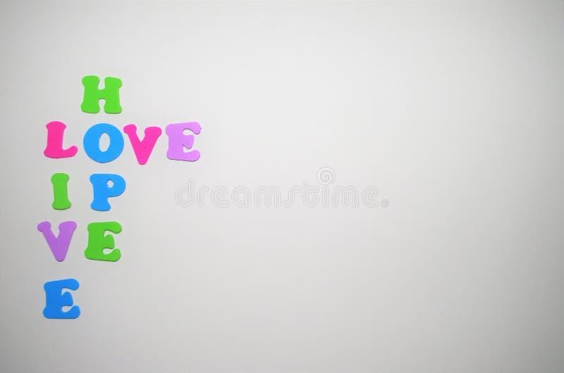 Ζωντανή αγάπη ελπίδας λέξης σε ένα μήνυμα στοκ φωτογραφία