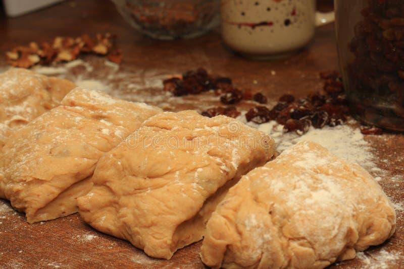 Ζύμη ζύμης για τη γλυκιά ή αλμυρή πίτα στοκ φωτογραφία με δικαίωμα ελεύθερης χρήσης