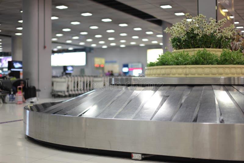 Ζώνη μεταφορέων σε έναν αερολιμένα στοκ φωτογραφίες με δικαίωμα ελεύθερης χρήσης