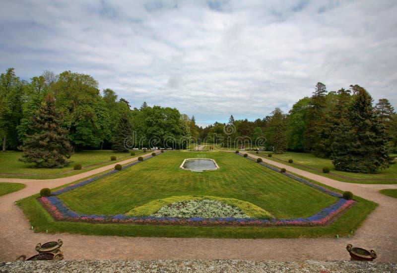 ηλέκτρινο κοινό πάρκων palanga μο& στοκ εικόνα