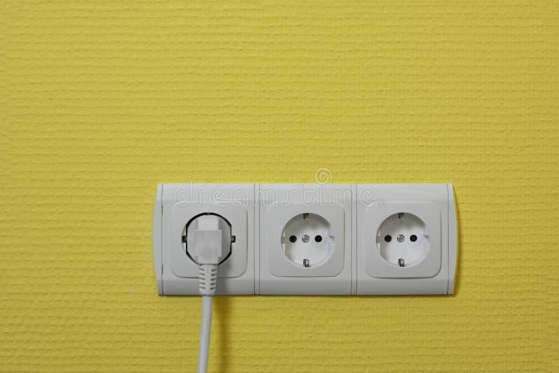 ηλεκτρικές υποδοχές στοκ εικόνα με δικαίωμα ελεύθερης χρήσης