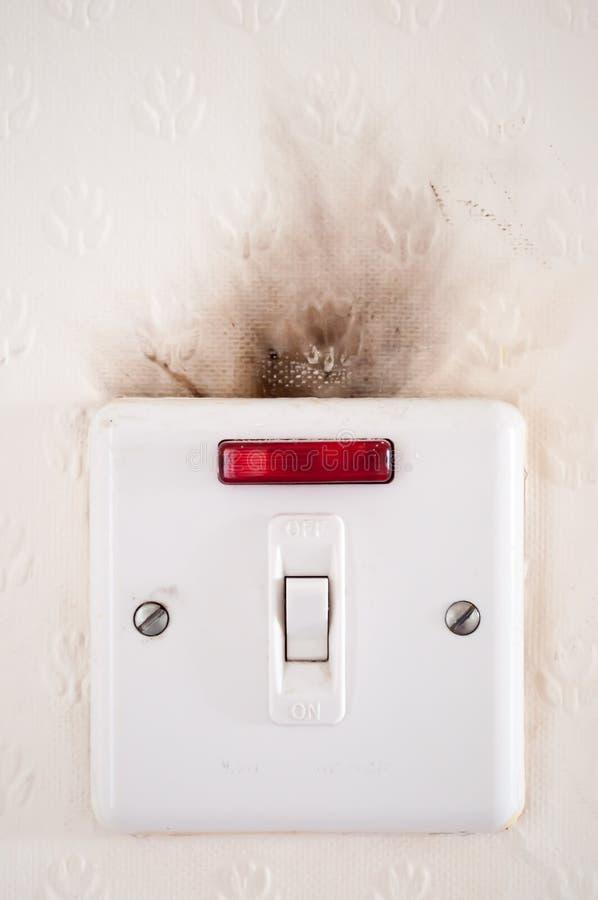 ηλεκτρική ελαττωματική καλωδίωση στοκ φωτογραφία