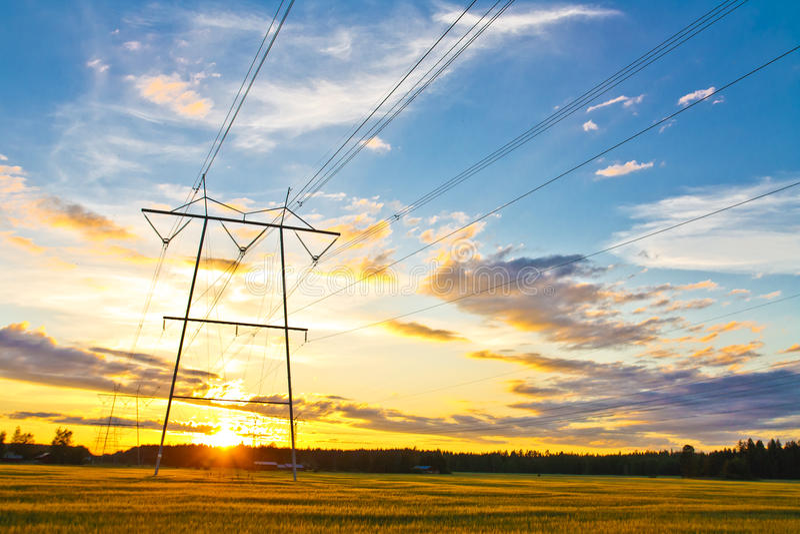 Ηλεκτρικοί πύργοι στοκ εικόνες με δικαίωμα ελεύθερης χρήσης