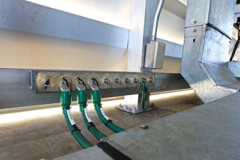 Ηλεκτρικός επίγειος σταθμός στο ηλεκτρικό δωμάτιο στοκ φωτογραφία με δικαίωμα ελεύθερης χρήσης
