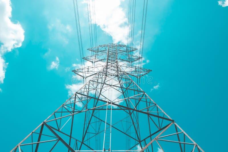 Ηλεκτρικός πόλος υψηλής τάσης στοκ φωτογραφία με δικαίωμα ελεύθερης χρήσης