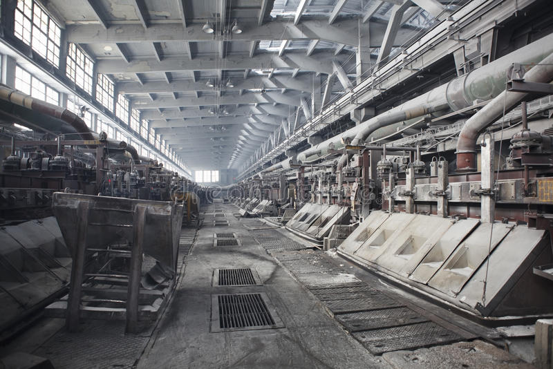 ηλεκτρολυτική παραγωγή λουτρών αργιλίου στοκ φωτογραφία με δικαίωμα ελεύθερης χρήσης