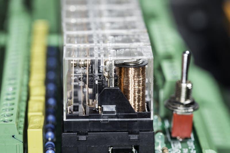 Ηλεκτρομαγνητικοί ηλεκτρονόμοι στοκ εικόνες με δικαίωμα ελεύθερης χρήσης