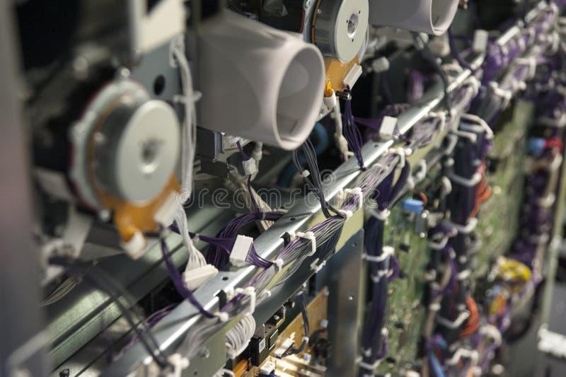 ηλεκτρονικά κυκλώματα της μηχανής εκτυπωτών στοκ εικόνα με δικαίωμα ελεύθερης χρήσης