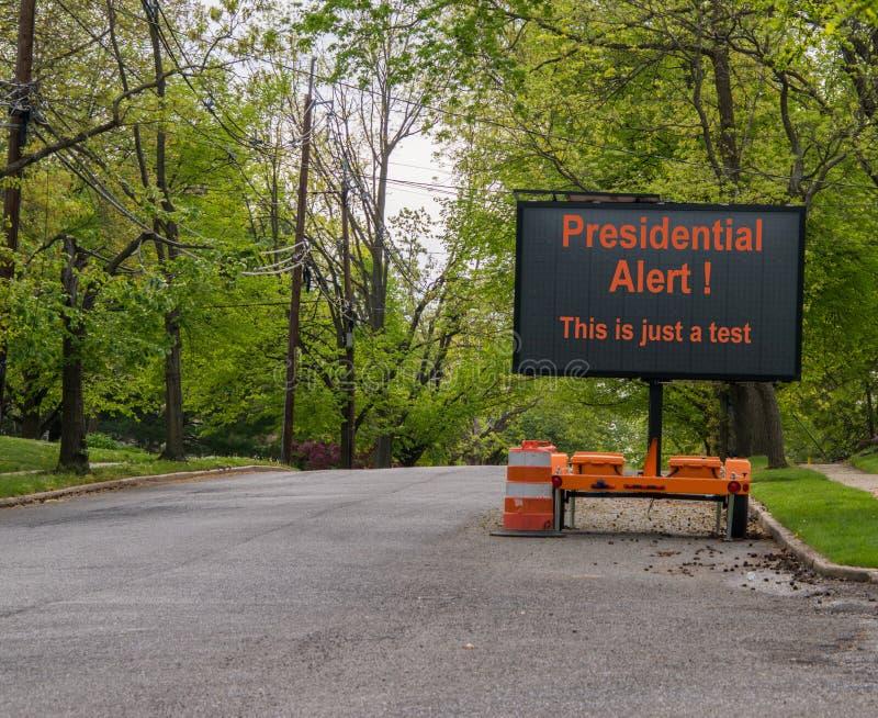 Ηλεκτρονική προειδοποίηση οδικών σημαδιών της προεδρικής δοκιμής συστημάτων προειδοποίησης στοκ εικόνα με δικαίωμα ελεύθερης χρήσης
