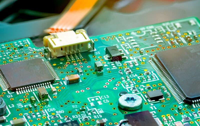 Ηλεκτρονικός πίνακας κυκλωμάτων Mainboard του υπολογιστή Ολοκληρωμένος δί ηλεκτρονικού υπολογηστού πίνακας κυκλωμάτων Λεπτομέρεια στοκ εικόνες με δικαίωμα ελεύθερης χρήσης