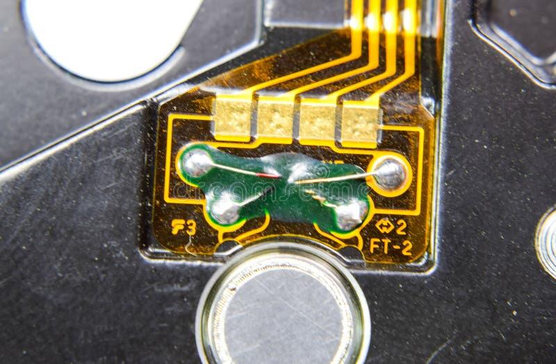 Ηλεκτρονικός πίνακας με τα ηλεκτρικά συστατικά Ηλεκτρονική του υπολογιστή στοκ εικόνες με δικαίωμα ελεύθερης χρήσης
