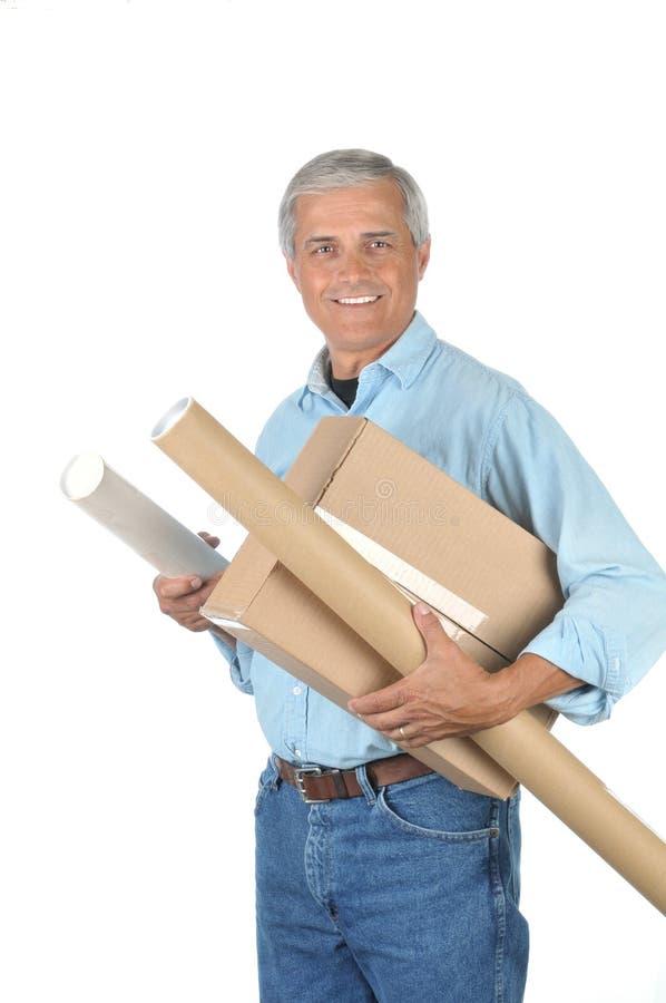 ηλικίας deliveryman μέσο χαμόγελο &d στοκ εικόνα