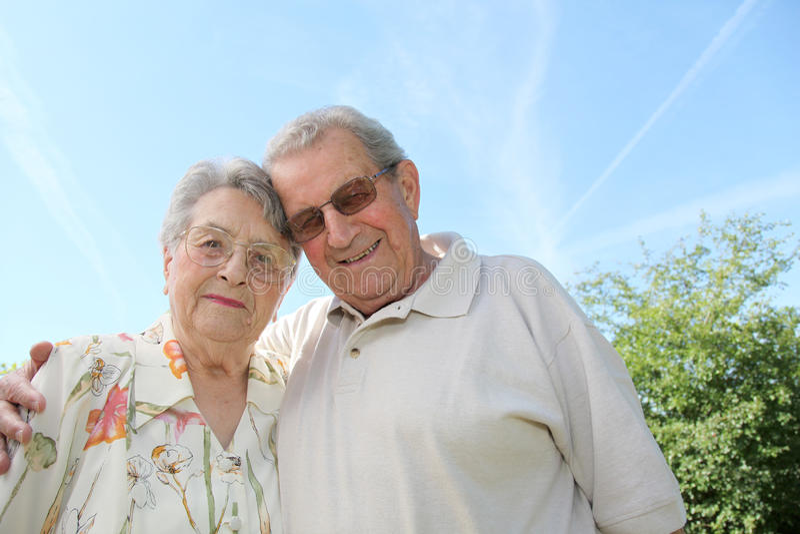 ηλικιωμένοι ευτυχείς άν&thet στοκ φωτογραφίες