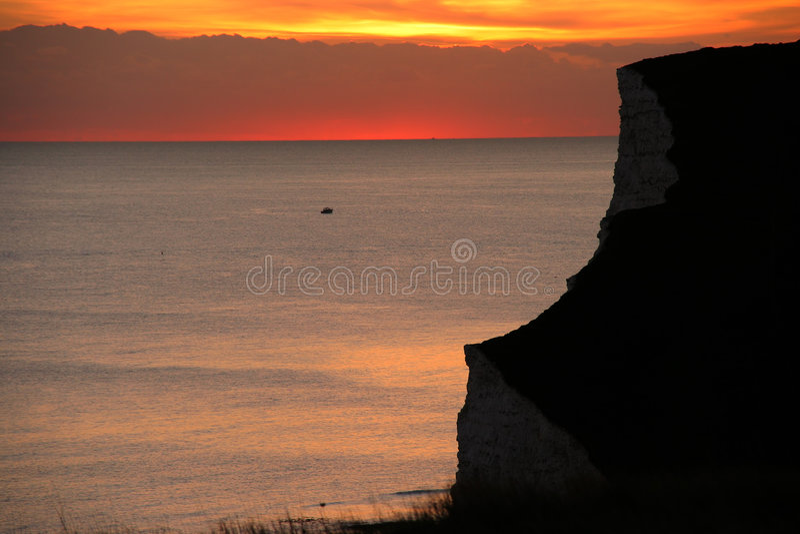 ηλιοβασίλεμα ακτών στοκ φωτογραφίες με δικαίωμα ελεύθερης χρήσης