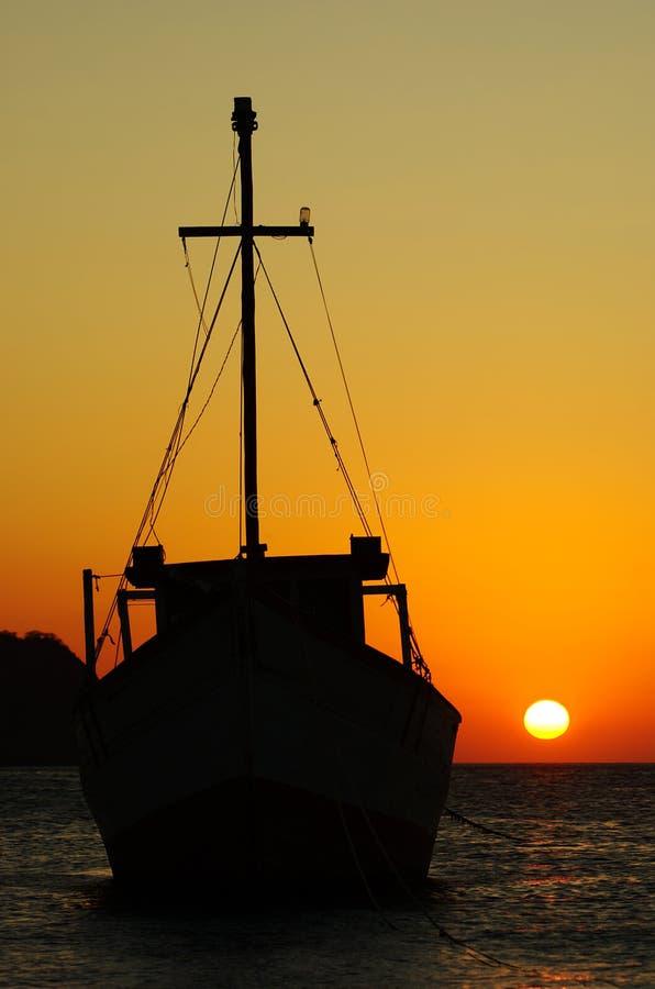 ηλιοβασίλεμα αλιείας &beta στοκ εικόνες με δικαίωμα ελεύθερης χρήσης